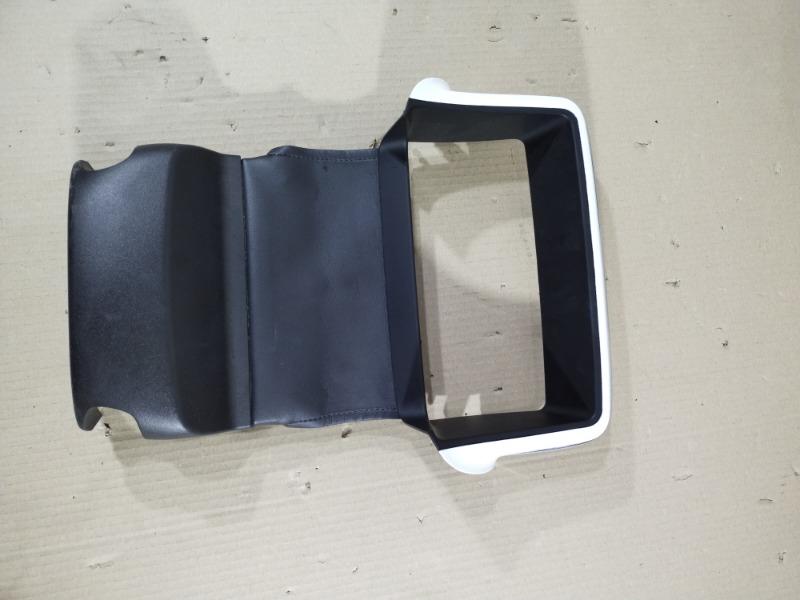 Декор салона Chevrolet Volt 1.4 2013 (б/у)