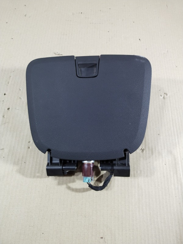Бардачок Chevrolet Volt 1.4 2013 (б/у)
