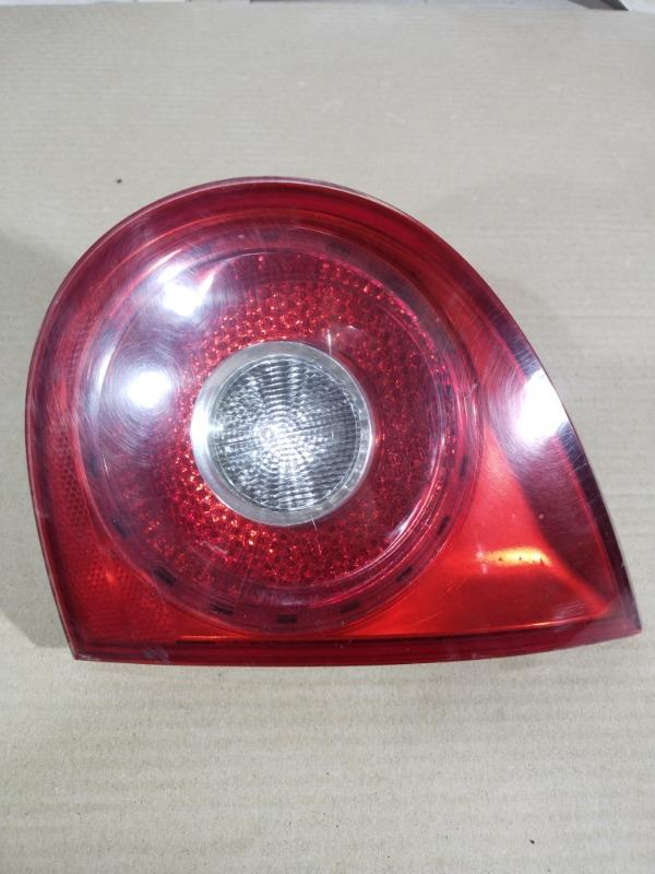 Задний фонарь Volkswagen Golf 5 2.0 BKD 2004 правый (б/у)