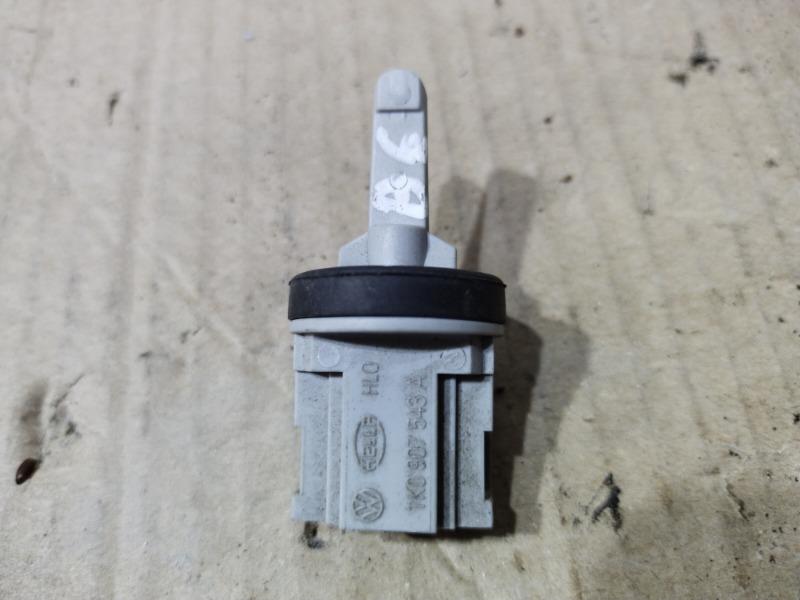 Датчик температуры Volkswagen Passat B6 2.0 BKP 2008 (б/у)
