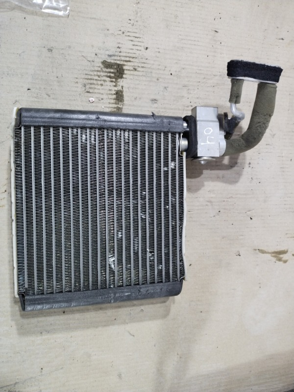 Радиатор кондиционера Mazda 6 GG 2.0 RF5 2002 (б/у)
