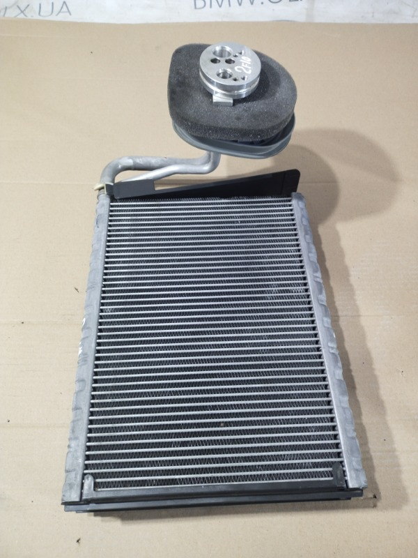 Радиатор кондиционера Bmw 5-Series F10 N47D20 2013 (б/у)