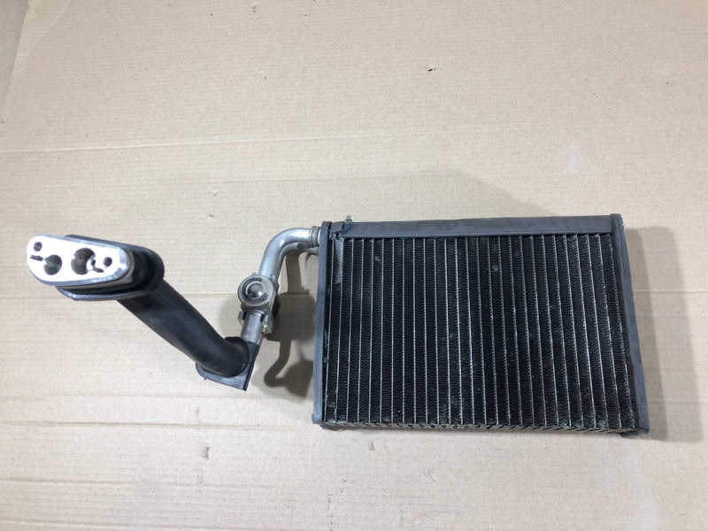 Радиатор кондиционера Bmw 5-Series E39 M57D30 2001 (б/у)