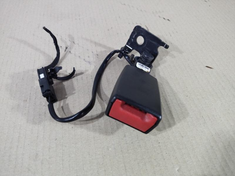 Ремень безопасности Chevrolet Volt 1.4 2013 левый (б/у)