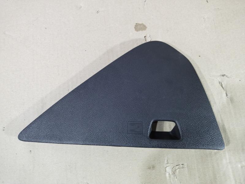 Накладка торпеды боковая Chevrolet Volt 1.4 2012 правая (б/у)