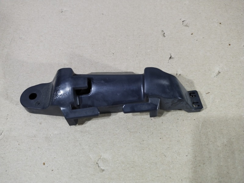 Кронштейн Volkswagen Jetta 2.0 2011 (б/у)