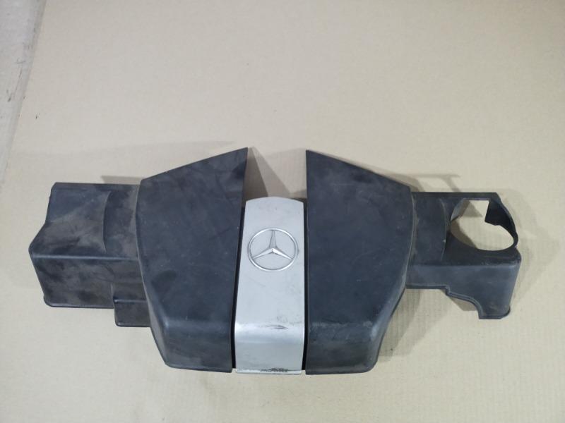 Крышка двигателя Mercedes (б/у)