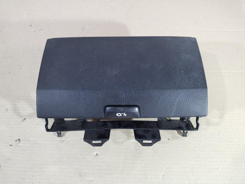 Бардачок Mazda 6 GG 2.0 RF5 2004 (б/у)