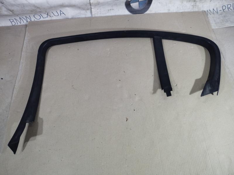 Накладка двери боковая Bmw 3-Series E90 N46B20 2006 задняя правая (б/у)