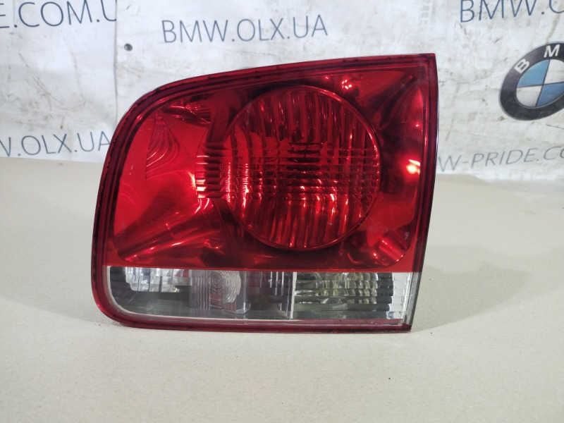 Задний фонарь Volkswagen Touareg 3.2 2004 правый (б/у)