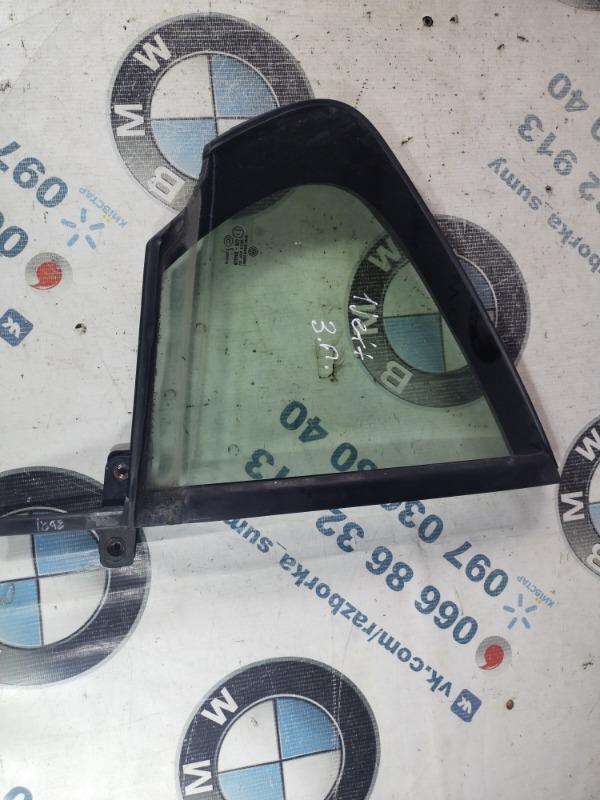 Форточка задняя Volkswagen Jetta 2.0 2011 задняя правая (б/у)