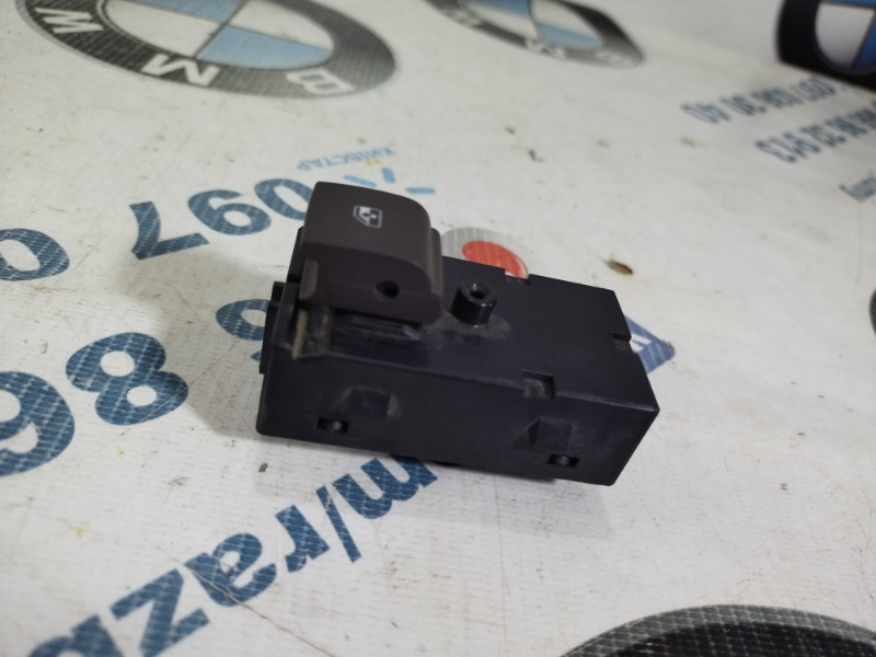 Кнопка стеклоподъемника Opel Insignia A 2.0 DTH 2012 (б/у)