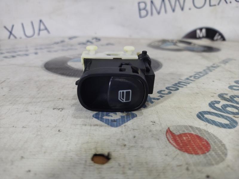 Кнопка стеклоподъемника Mercedes-Benz C-Class W203 1.8 M111.951 (б/у)