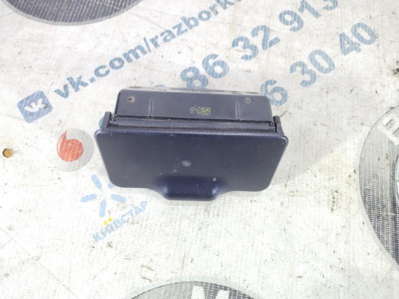 Пепельница Bmw X5 E53 M62B44 2003 задняя (б/у)