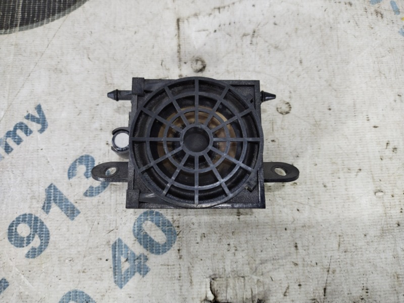 Динамик Audi A4 B6 2.4BDV (б/у)