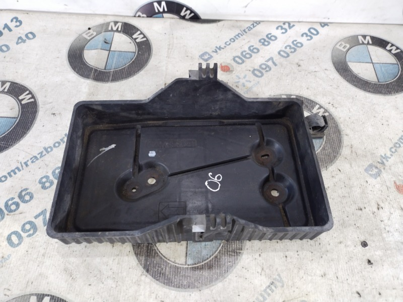Крепление аккумулятора Mazda 6 GH 2.0 RF7J 2008 (б/у)