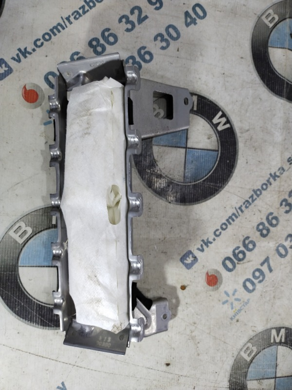 Подушка коленей airbag Subaru Forester SJ 2.5 2014 (б/у)