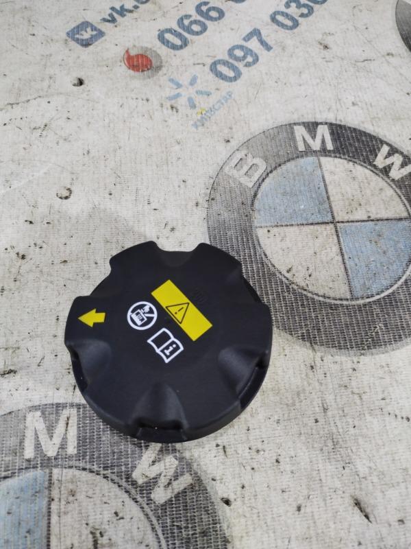 Крышка расширительного бачка Bmw 5-Series F10 N63B44 2011 (б/у)