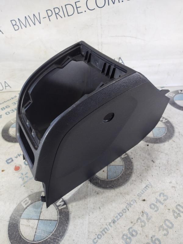 Консоль между сидений Jeep Patriot 2.4 2012 (б/у)