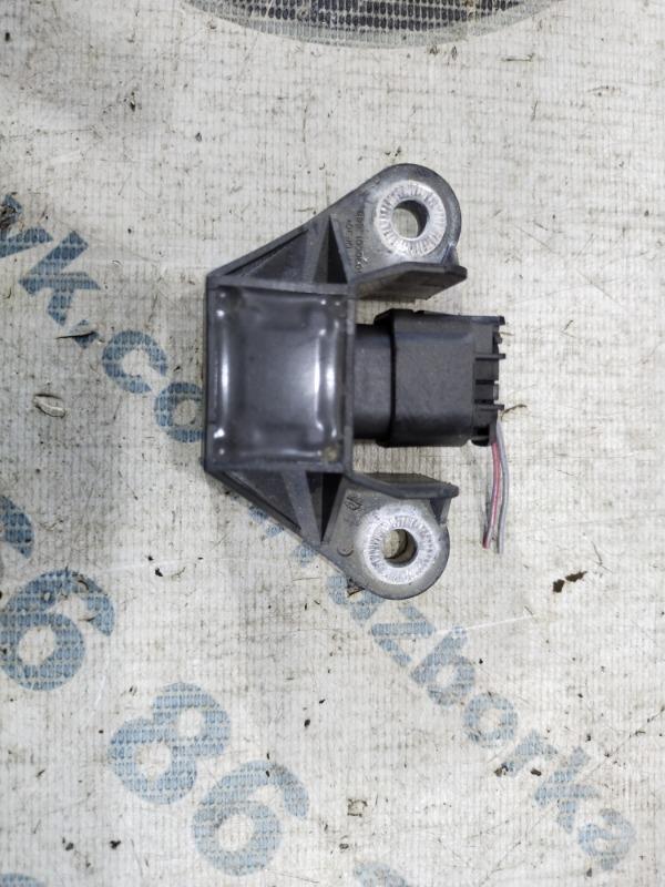 Датчик удара Bmw 5-Series F10 N63B44 2011 (б/у)