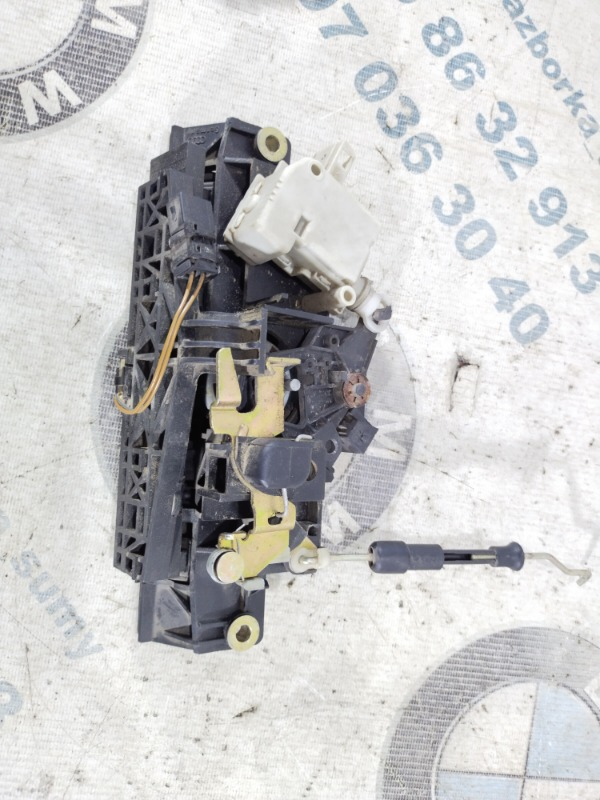 Замок багажника Audi A6 C5 2.5 AKE 2001 (б/у)