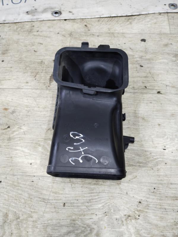 Воздуховод Bmw 5-Series F10 N63B44 2011 (б/у)