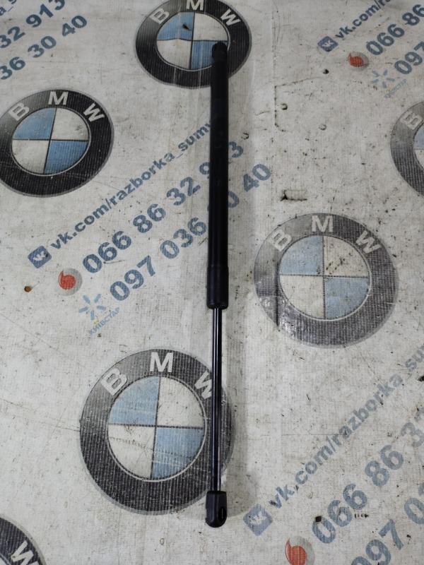 Амортизатор багажника Jeep Compass 2.4 2018 левый (б/у)