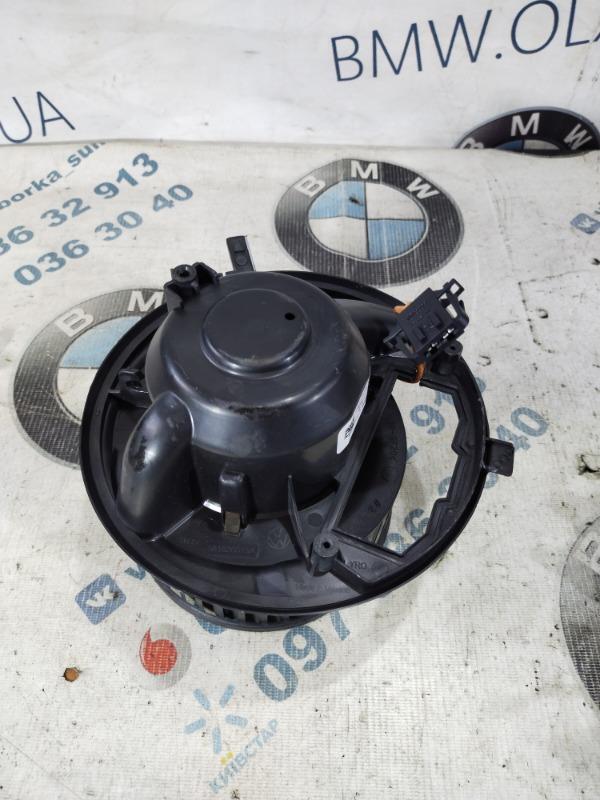 Мотор печки Volkswagen Passat B8 1.8 2016 (б/у)