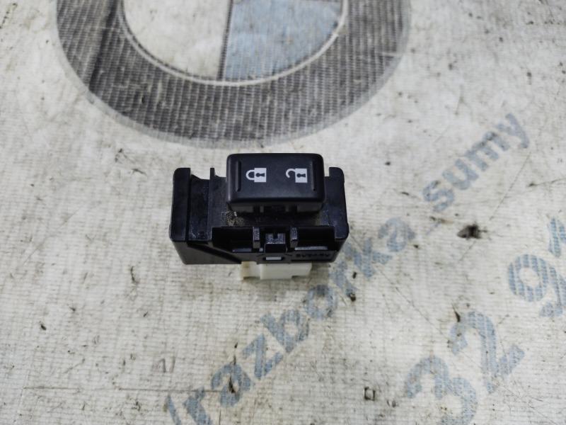 Кнопка блокировки центрального замка Subaru Forester SJ 2.5 2014 передняя правая (б/у)