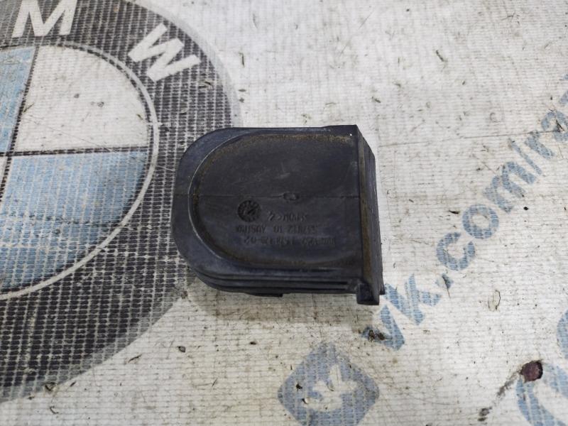 Заглушка Bmw 5-Series F10 N63B44 2011 (б/у)