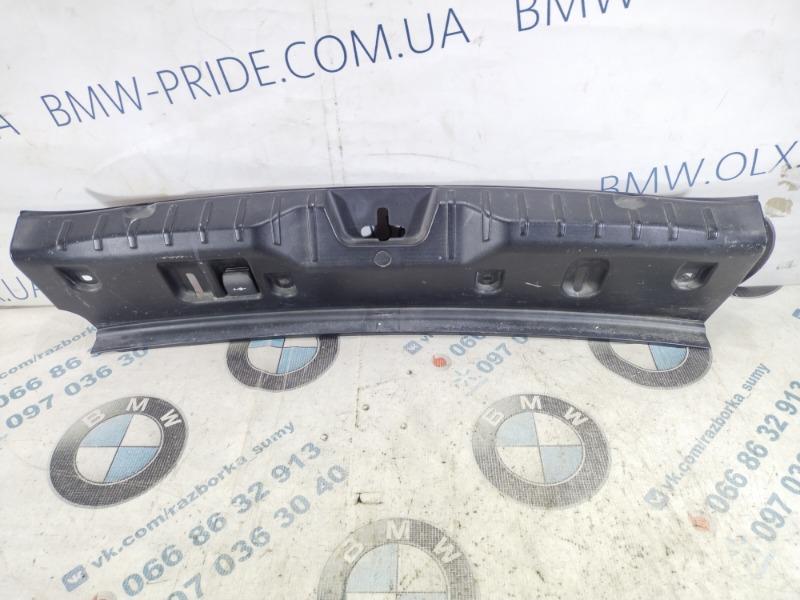 Пластик багажника Bmw 5-Series F10 N63B44 2011 (б/у)