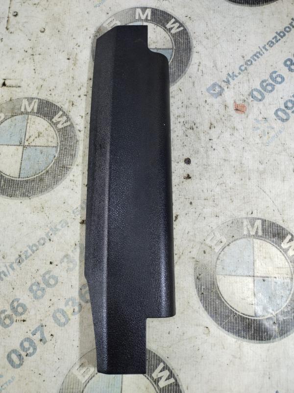 Накладка сидения Bmw 5-Series F10 N63B44 2011 передняя правая (б/у)