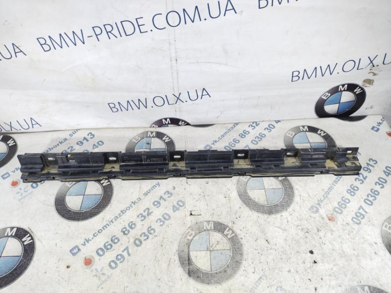 Крепление порога Bmw 5-Series F10 N63B44 2011 переднее левое (б/у)