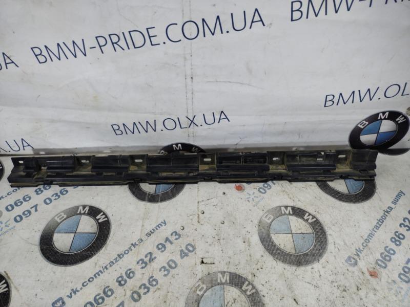 Крепление порога Bmw 5-Series F10 N63B44 2011 переднее правое (б/у)