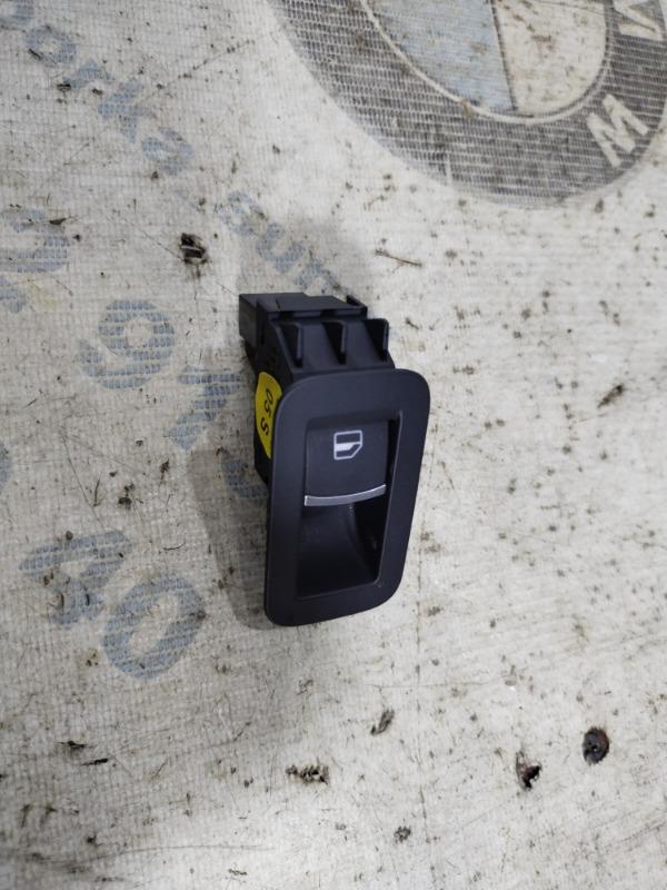 Кнопка стеклоподъемника Volkswagen Passat B8 1.8 2016 задняя (б/у)