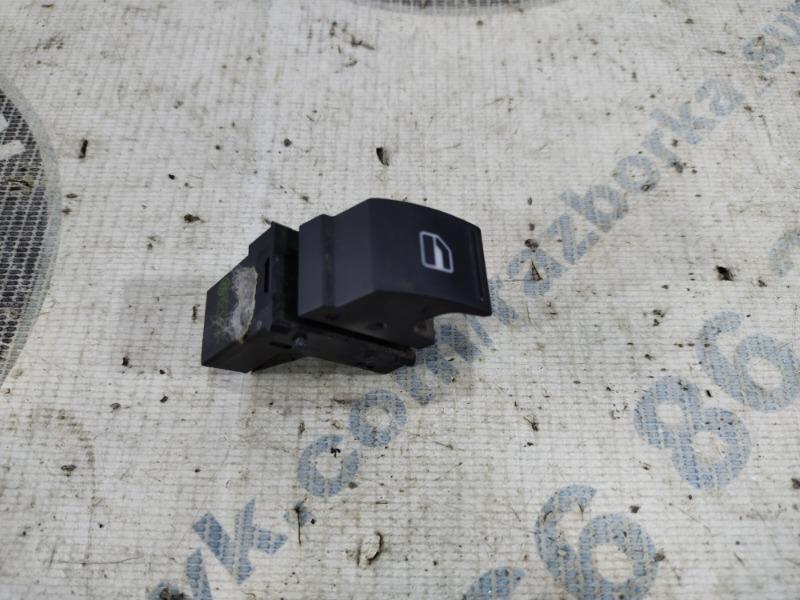 Кнопка стеклоподъемника Volkswagen Jetta 2.5 2011 (б/у)