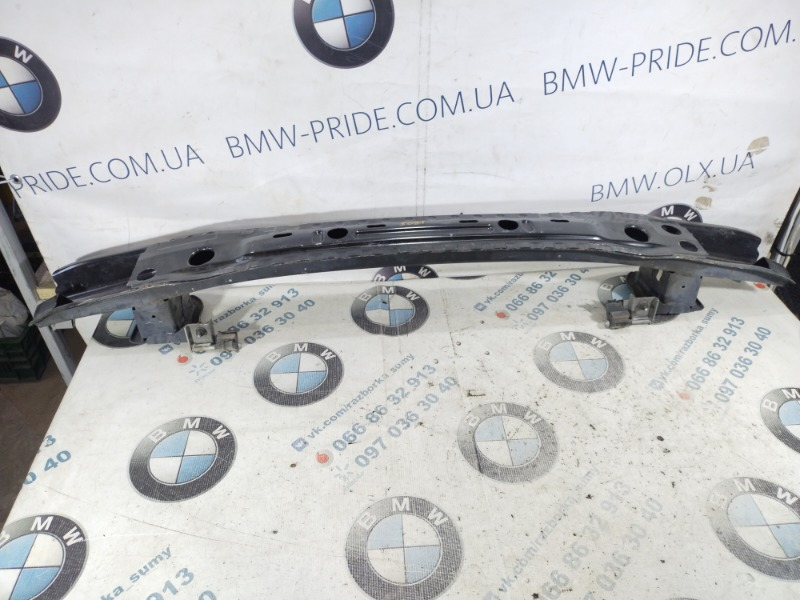 Усилитель бампера Bmw 5-Series F10 N63B44 2011 задний (б/у)