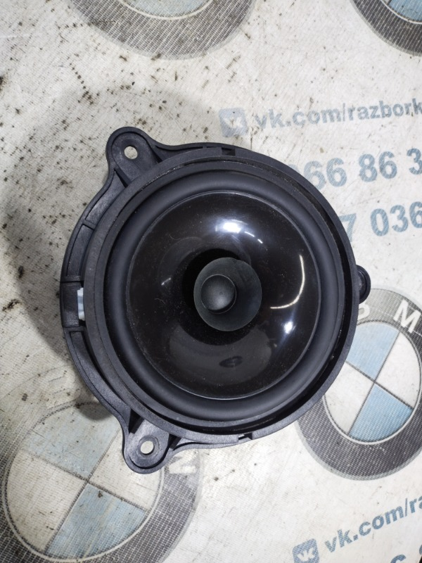 Динамик Nissan Juke 1.6 2011 задний правый (б/у)