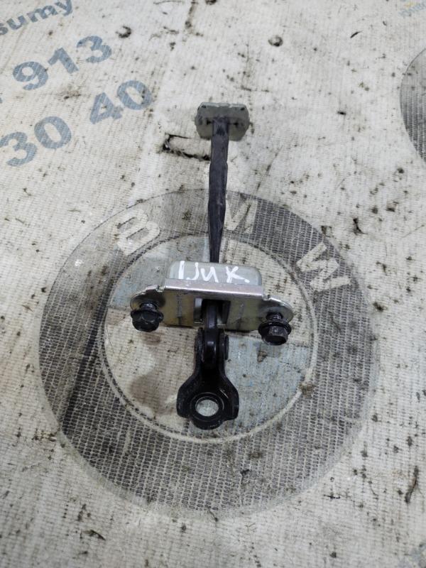 Ограничитель двери Nissan Juke 1.6 2011 задний правый (б/у)