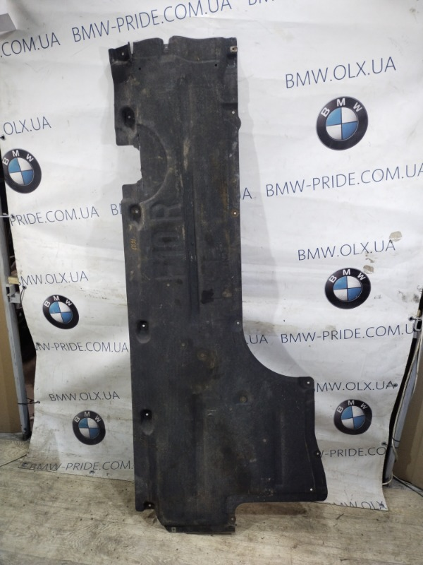 Защита Bmw 5-Series F10 N63B44 2011 правая (б/у)