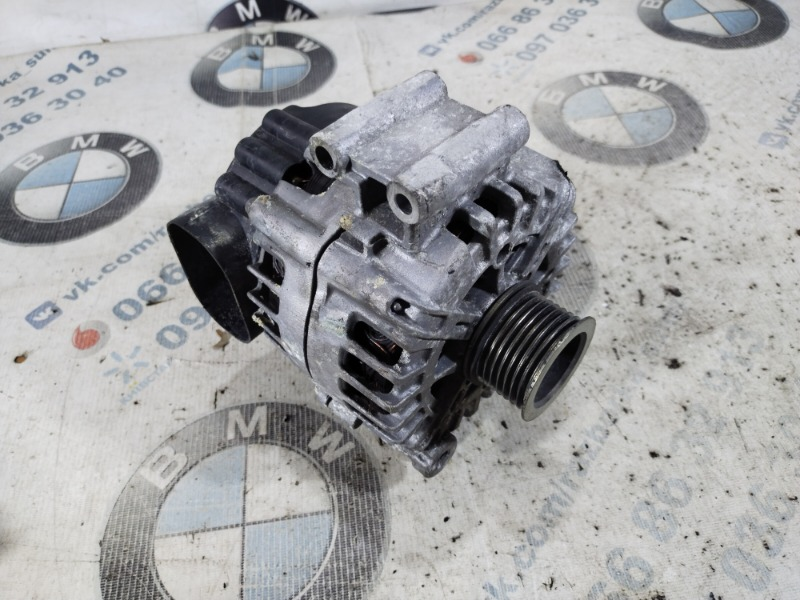Генератор Bmw 5-Series F10 N63B44 2011 (б/у)