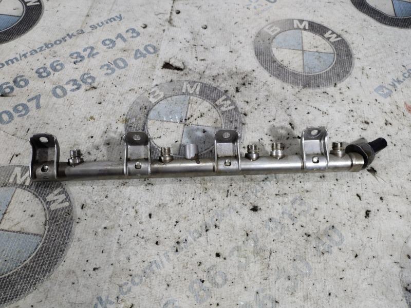 Топливная рампа Bmw 5-Series F10 N63B44 2011 (б/у)