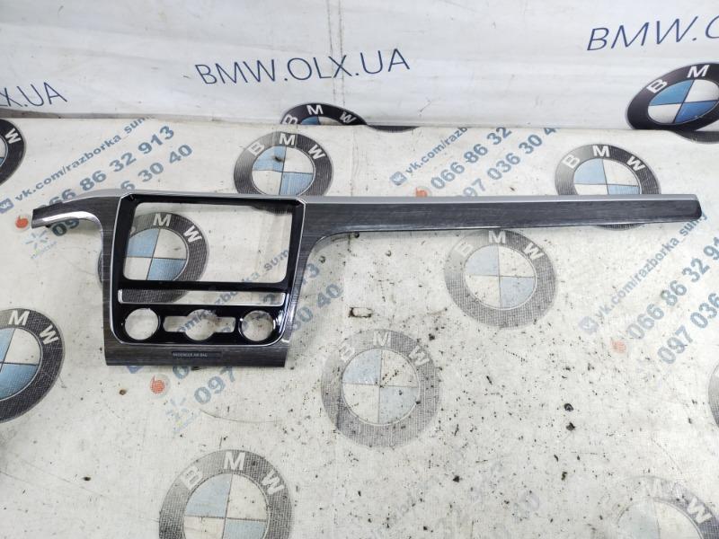 Рамка магнитофона Volkswagen Passat B8 1.8 2016 (б/у)
