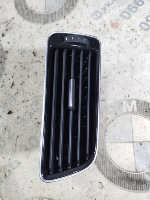 Воздуховод Volkswagen Passat B8 1.8 2016 правый (б/у)