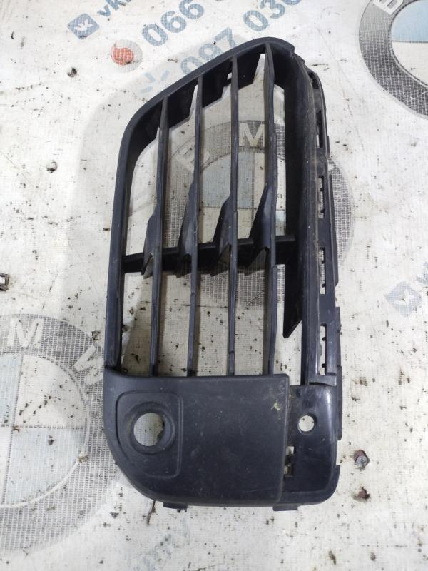 Решетка бампера Bmw X1 F48 передняя левая (б/у)