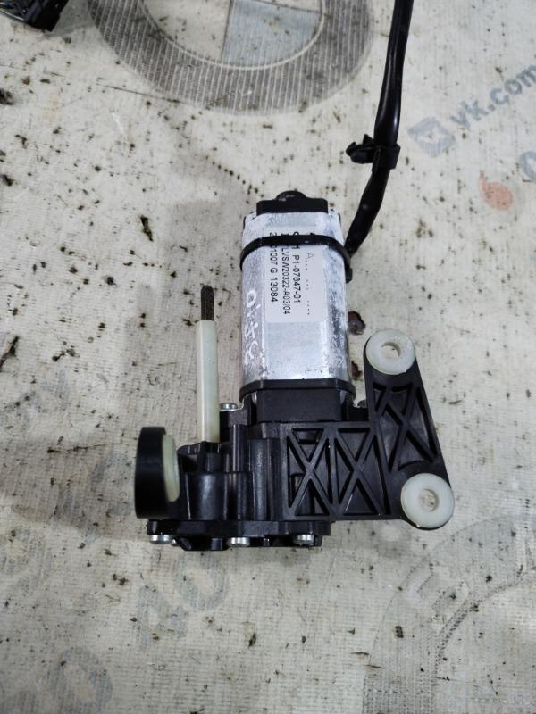 Мотор регулировки руля Bmw 5-Series F10 N63B44 2011 (б/у)
