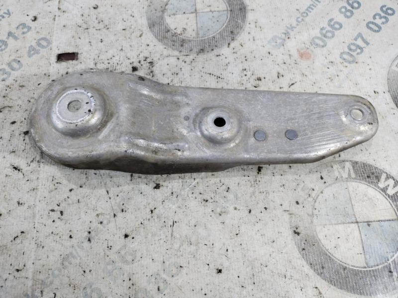 Кронштейн балки Bmw 5-Series F10 N63B44 2011 задний левый (б/у)