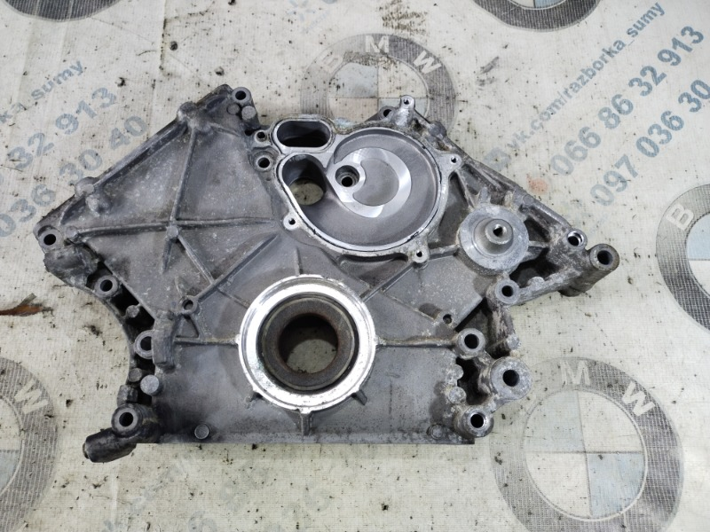 Передняя крышка мотора Bmw 5-Series F10 N63B44 2011 (б/у)