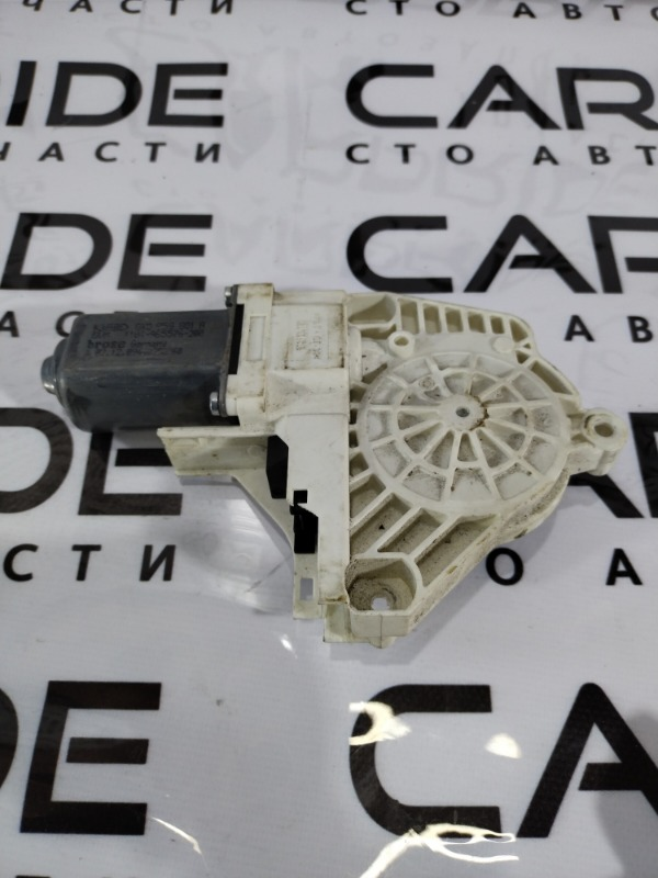 Мотор стеклоподъемника Audi A6 C6 передний левый (б/у)