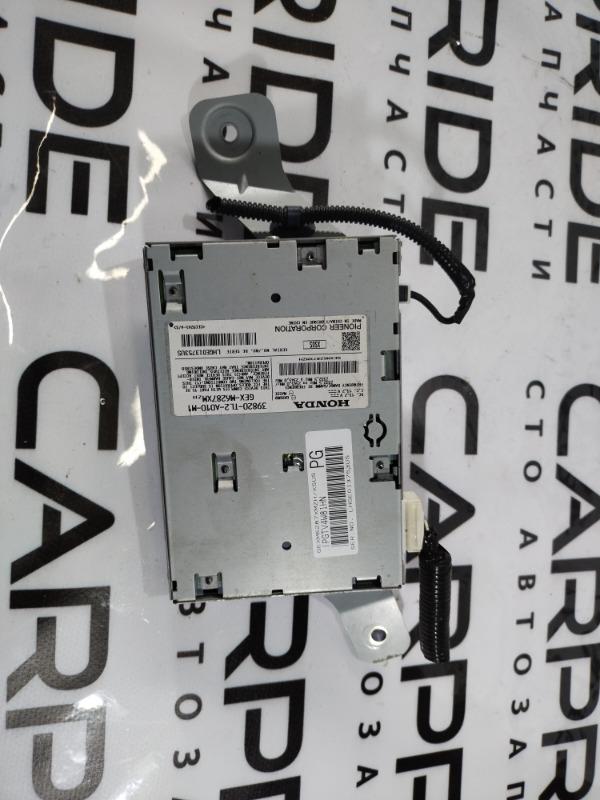 Блок радиоприемника Acura Tsx (б/у)